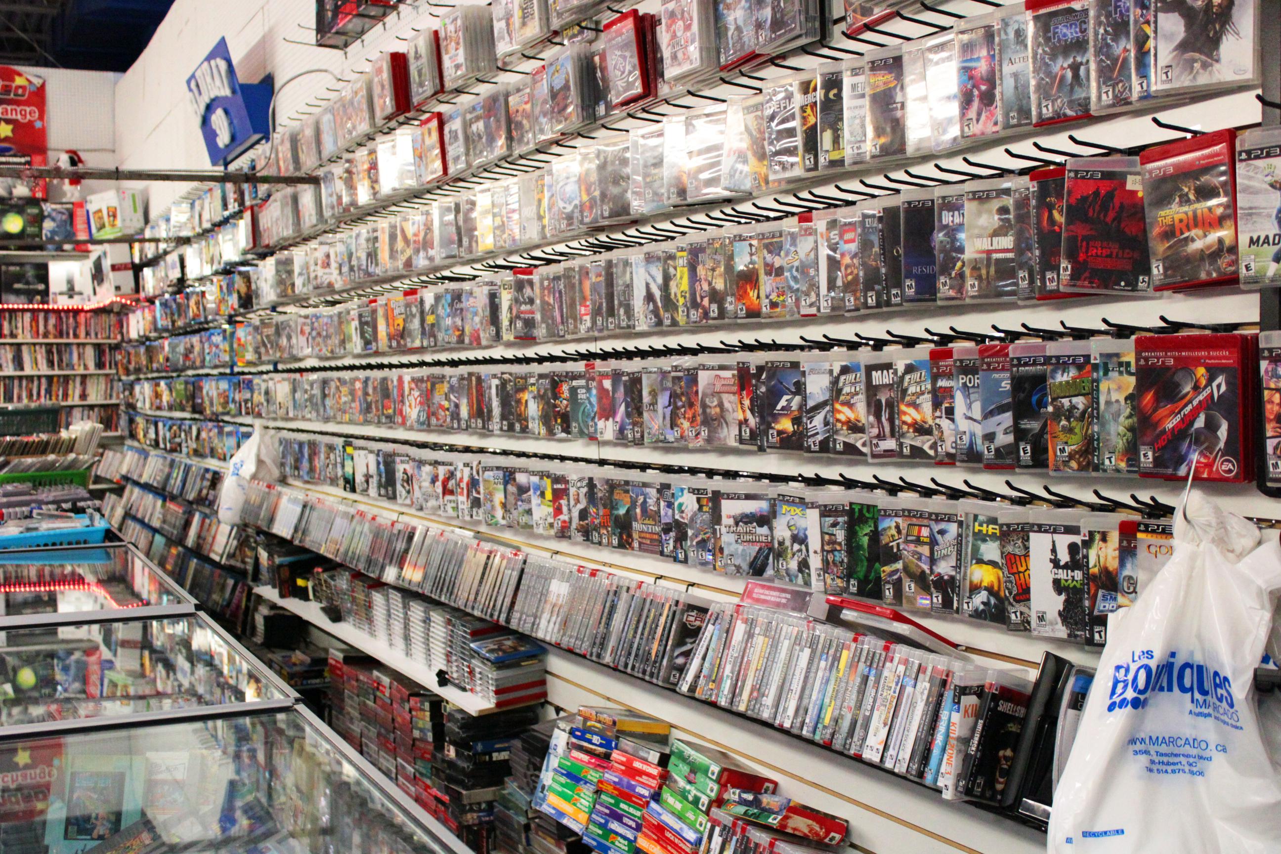 grande boutique de DVD jeux vidéos et console aux Boutiques Marcado